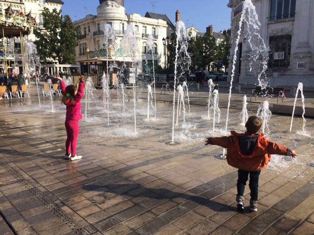 place du martroi fontaine