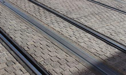 Comprendre le tramway sans caténaire d'Orléans