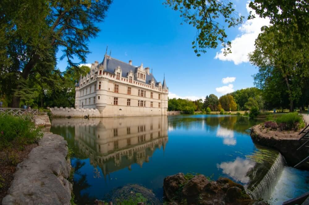 Quelques conseils pour bien choisir son hôtel en Bord de Loire à Orléans