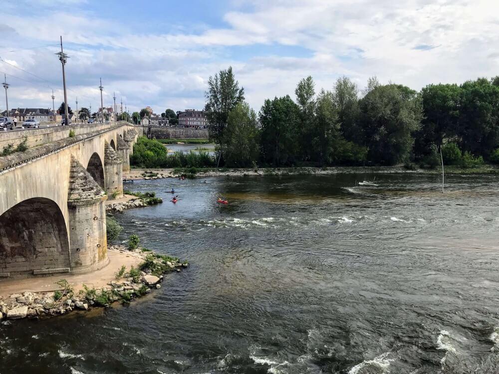 Vue sur Loire du Pont Royal