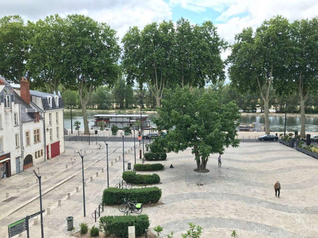 place de Loire vue depuis Charpenterie